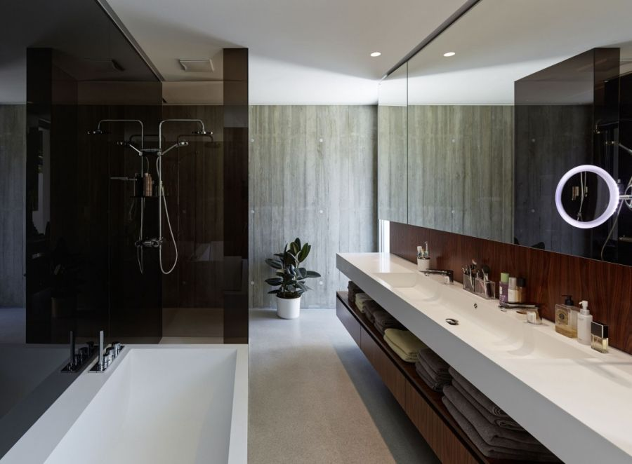 Chic modern spa-like bathroom in white