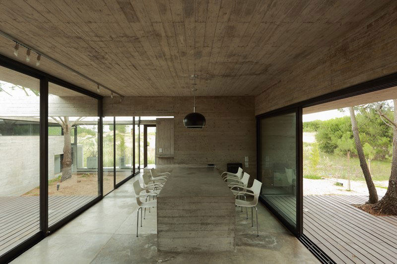 Concrete used extensively by BAK Architects