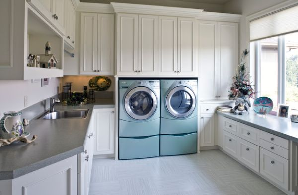 Configuration of the shelves makes the washers standout