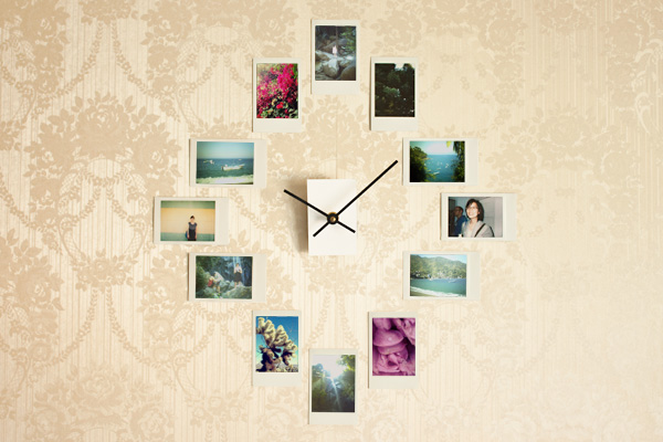 DIY clock with photo frames