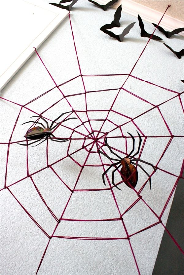 diy halloween decorations spooky spider web and a giant