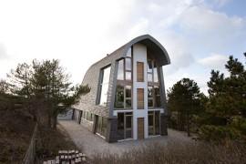 Sustainable Design And Smart Aesthetics Define Stylish Dune House