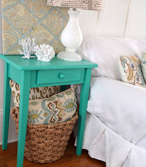 Emerald green end table makeover