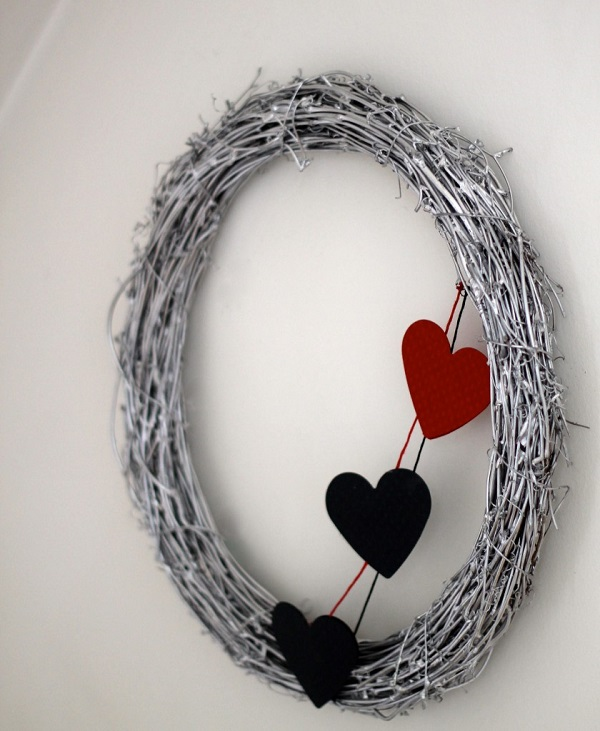Felt heart silver wreath