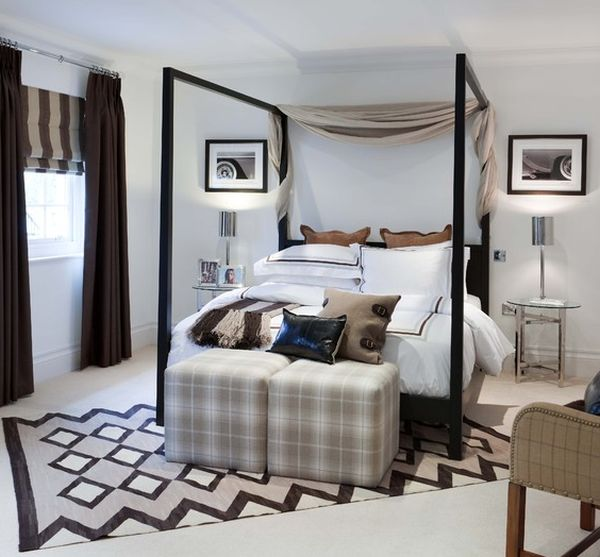Four poster bed brings in the hotel vibe with contemporary flair