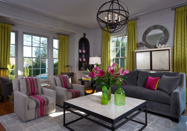 Fuchsia combined with green for a fresh fall look