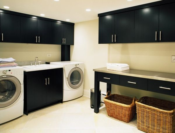 Gorgeous black cabinets steal the show here!