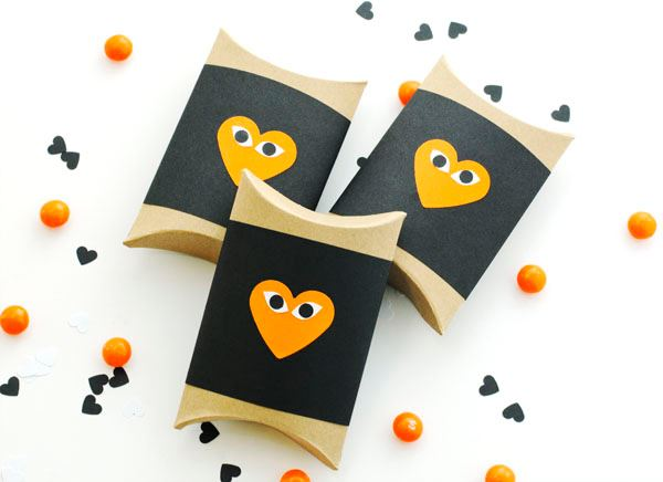 Halloween goodie box DIY