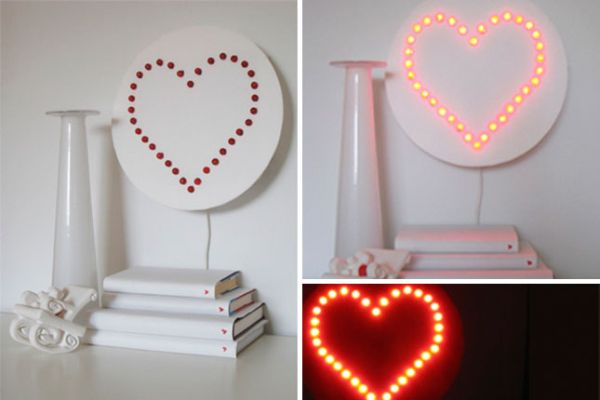 Illuminated heart wall lamp DIY