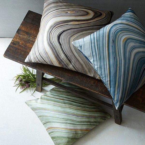Marbleized pillows