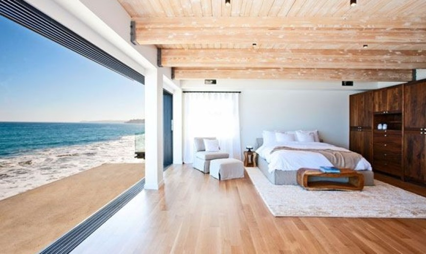 beach house bedroom.  Celebrity Malibu Beach House Sports The Pacific For A Backyard