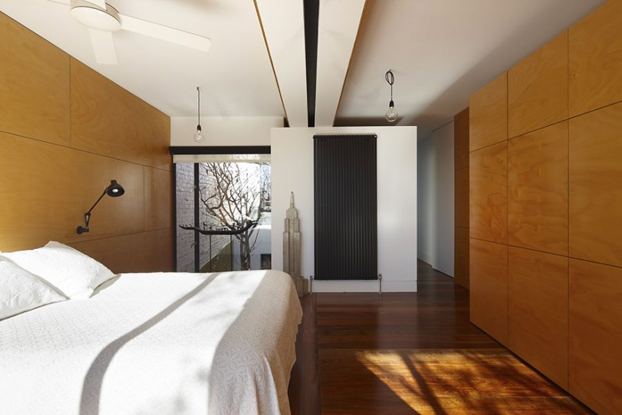 Minimalist contemporary bedroom