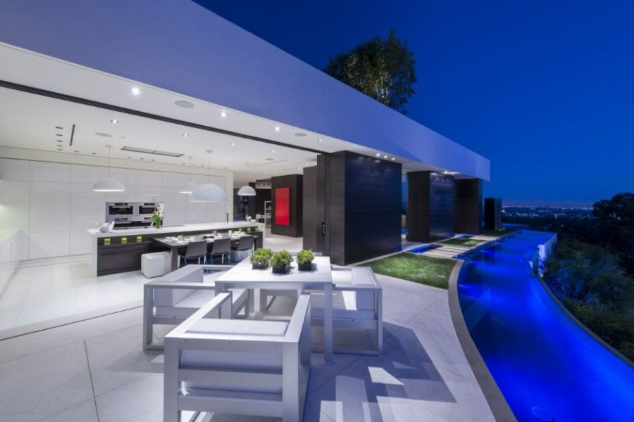 Outdoor terrace with dining space