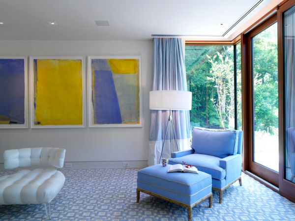 Periwinkle blue sitting area Natures Lessons: 6 Interior Design Tips Learned in the Garden