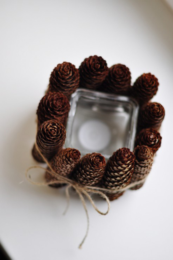 Pine cone lined candle holder DIY