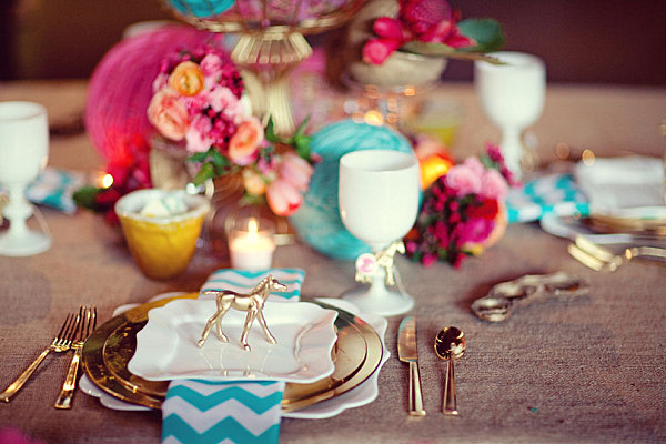 Radiant table setting with gold details