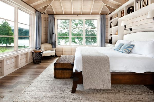 Relaxing bedroom combines the coastal style with a cottage look