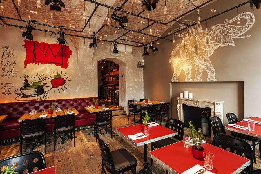 Restaurant at the Baltazar Hotel with wall graffiti