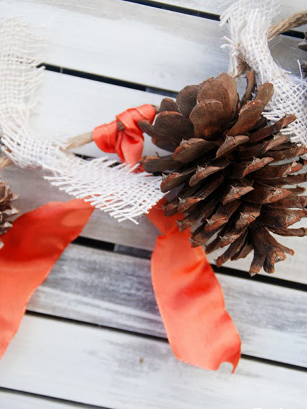 Ribbon and pine cone garland