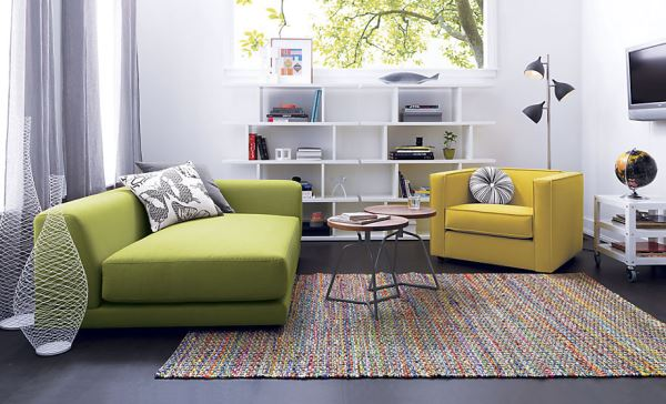 Right arm modern sofa in green Chic Green Furniture Finds
