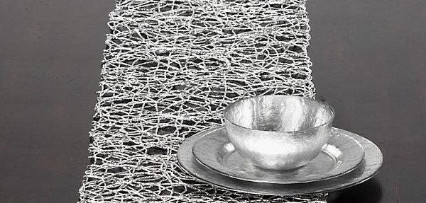 Silver table runner LAST DETAILS WITH 20 FABULOUS DECOR IDEAS FOR HALLOWEEN LAST DETAILS WITH 20 FABULOUS DECOR IDEAS FOR HALLOWEEN Silver table runner
