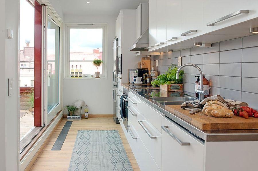 Sleek modern kitchen in white