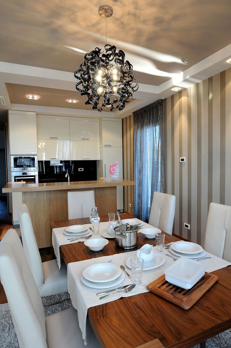 Spacious dining area in the Belgrade penthouse
