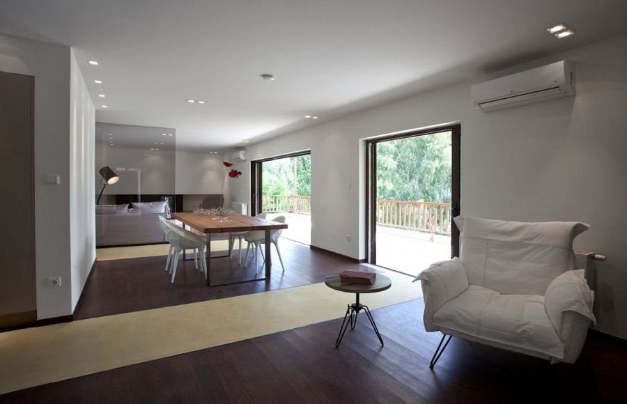 Spacious dining area inside the Kifissia home
