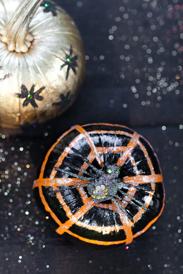 Sparkly spider pumpkin