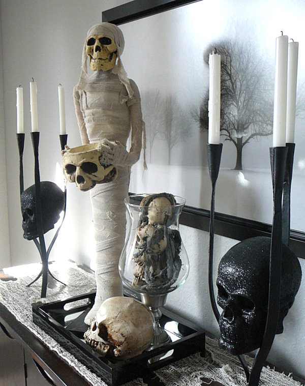 Spooky Halloween vignette