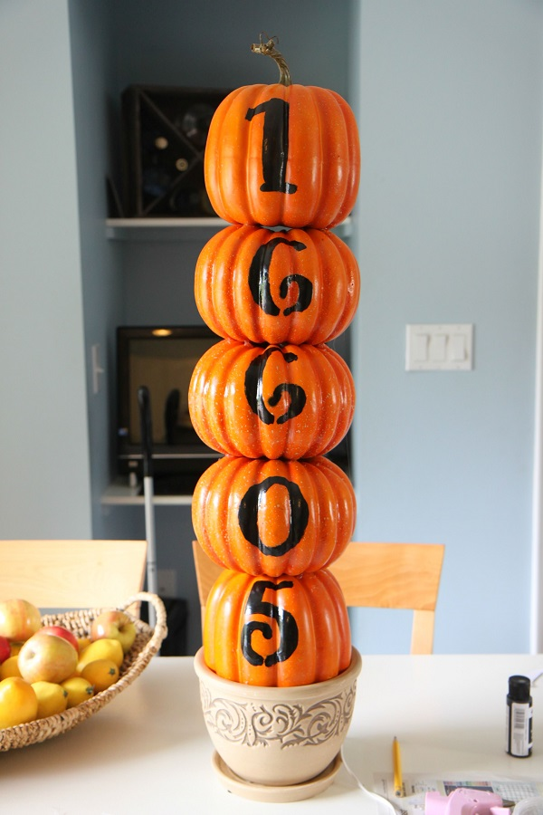 Stacked pumpkin house address