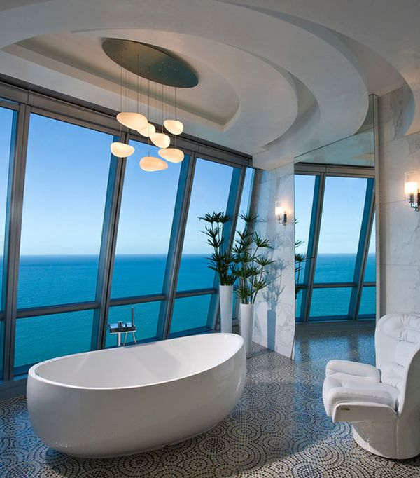 Stunning penthouse bath!
