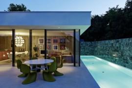 Californian Coastal Style And Iconic Décor Define Austrian House A&B