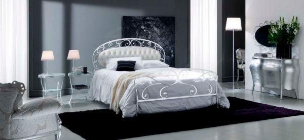 White Bontemp i Acanto Wrought Iron Bed