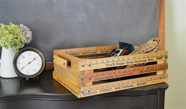 Wooden crate made of rulers