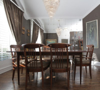 beautiful dining room with wall mirror