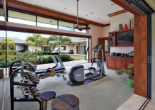 Airy-gym-that-opens-into-the-courtyard-217x155