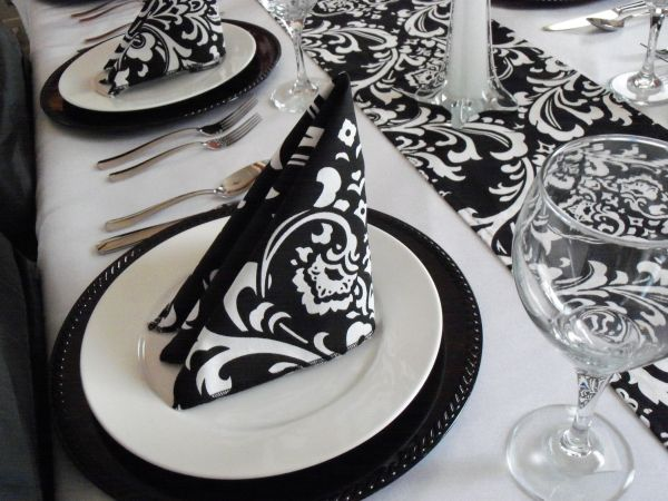 Beautiful and intricate design in black and white