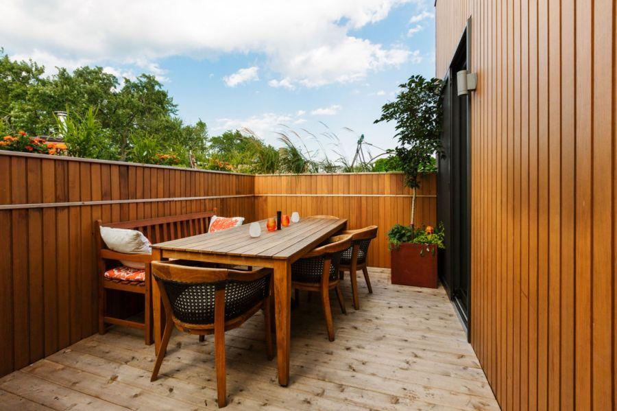 Beautiful dinette area on the terrace