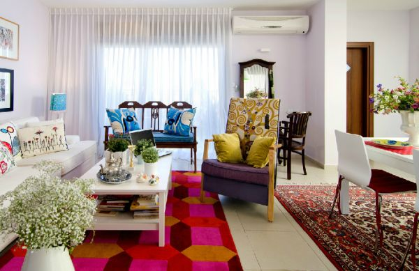 Colorful interiors of the Israeli home