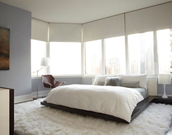 Contemporary bachelor bedroom in white
