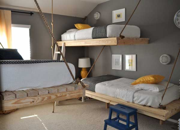 Creative suspended bunk beds idea
