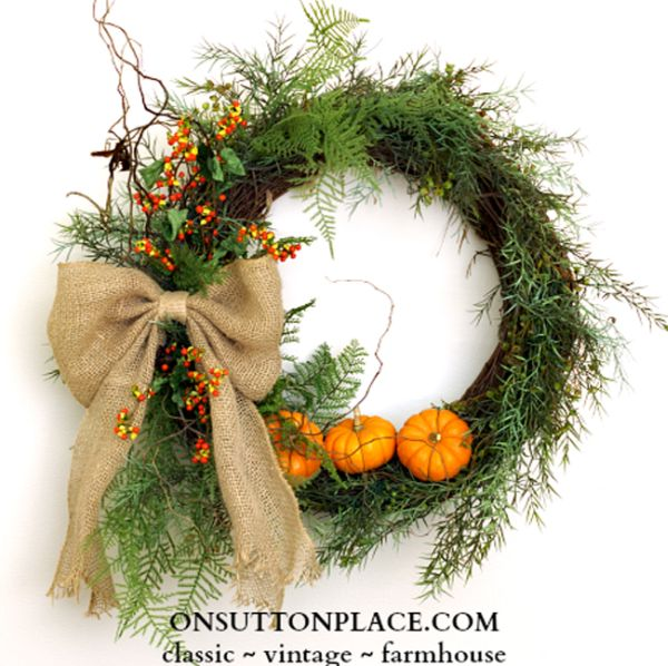DIY Mini Pumpkin Wreath for Thanksgiving