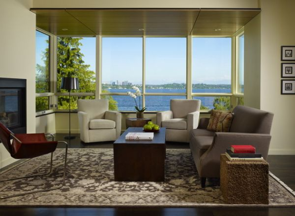 Enjoy the lovely view outside as you sink into the Paulistano Armchair