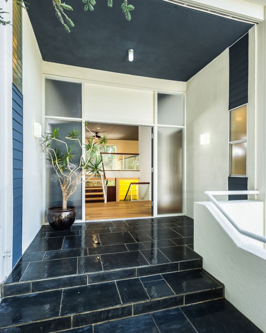 Entrance to the Californian home renovated by Kurt Krueger Architect