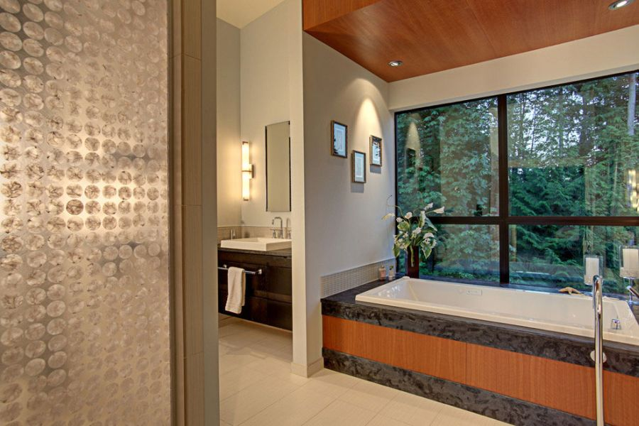 Exquisite bathroom design idea