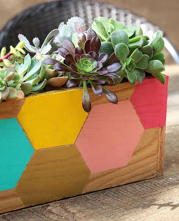 Hexagon planter box