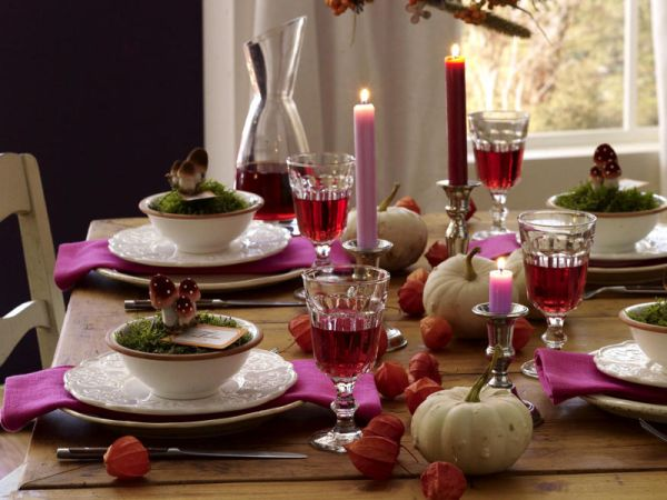 Colorful Dining Table Centerpieces: 16 Thanksgiving Decor Ideas In Purple