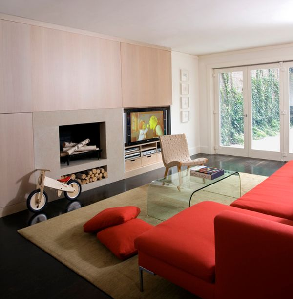 Iconic Risom chair epitomizes sleek and crisp Scandinavian design
