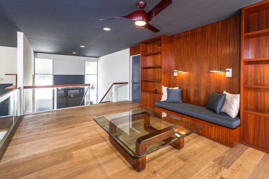Interior with minimal decor